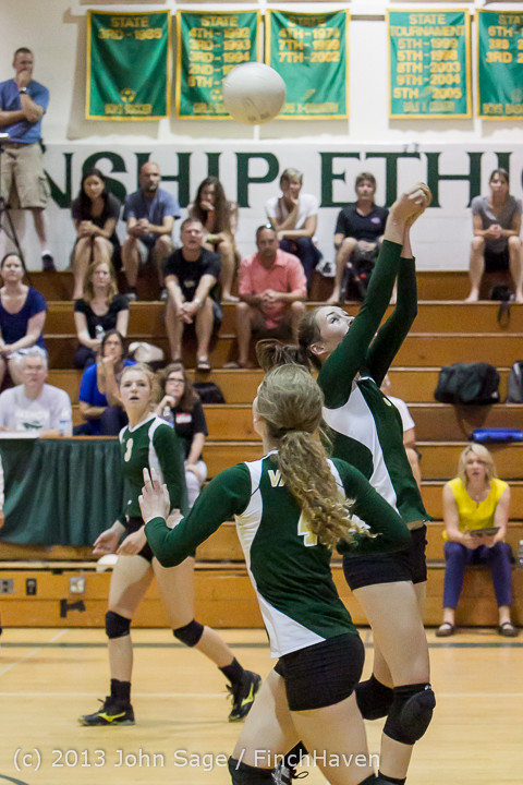 19312 Volleyball v Eatonville 091113
