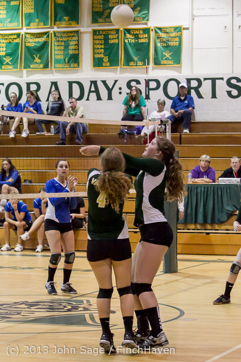 19417 Volleyball v Eatonville 091113