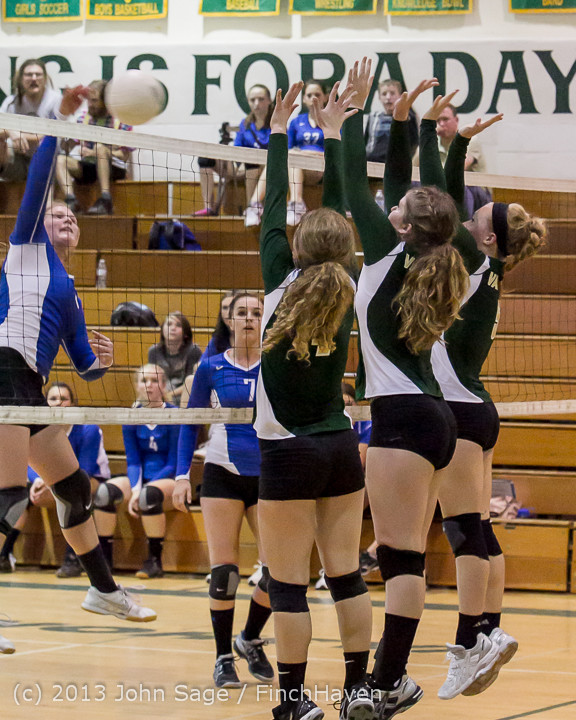 19428 Volleyball v Eatonville 091113