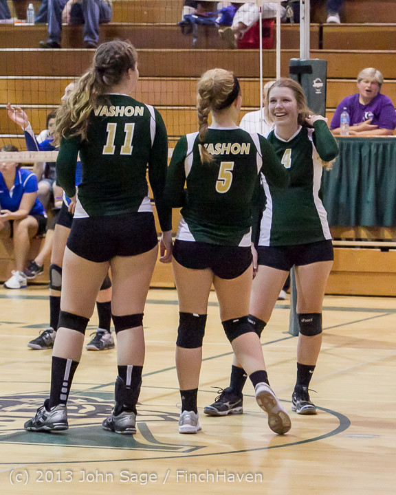 19458 Volleyball v Eatonville 091113