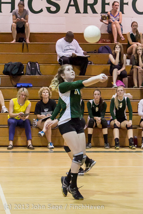 19509 Volleyball v Eatonville 091113