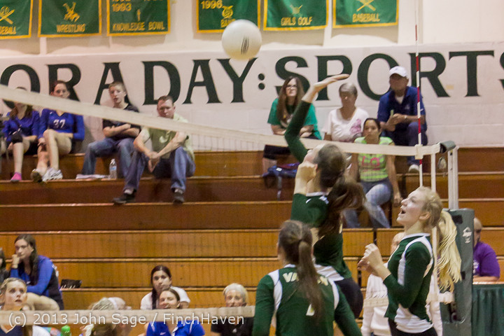 19684 Volleyball v Eatonville 091113