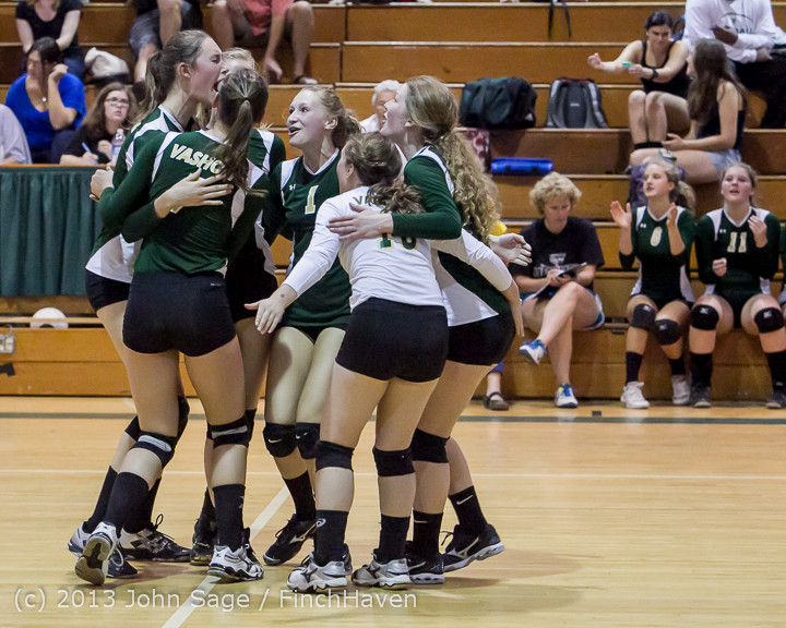 19694 Volleyball v Eatonville 091113