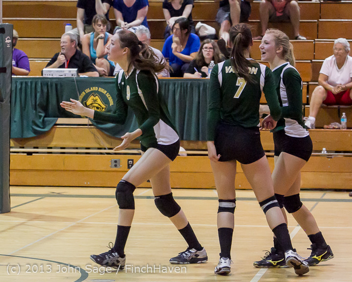 19702 Volleyball v Eatonville 091113