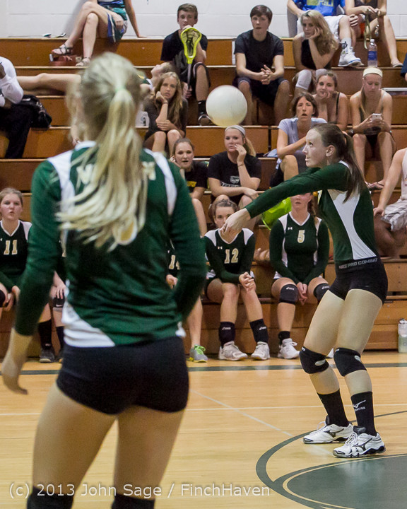 19744 Volleyball v Eatonville 091113