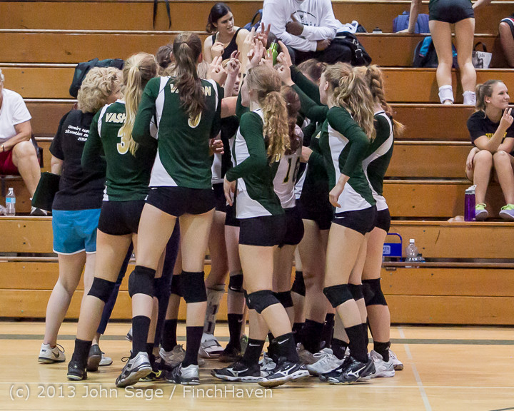 19844 Volleyball v Eatonville 091113