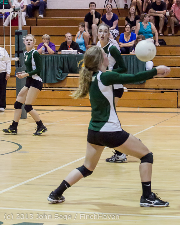 19868 Volleyball v Eatonville 091113