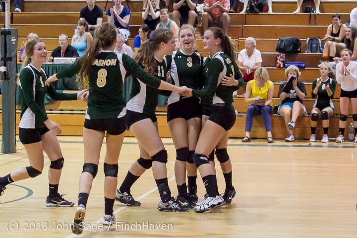 19994 Volleyball v Eatonville 091113