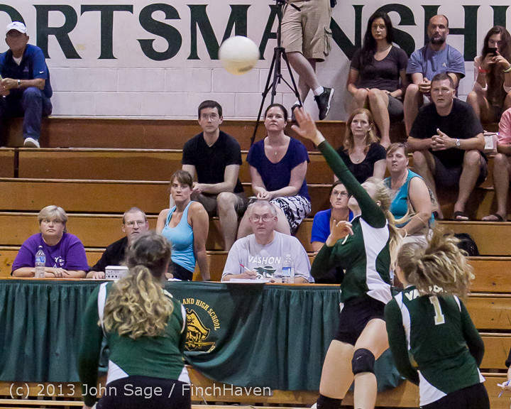20031 Volleyball v Eatonville 091113