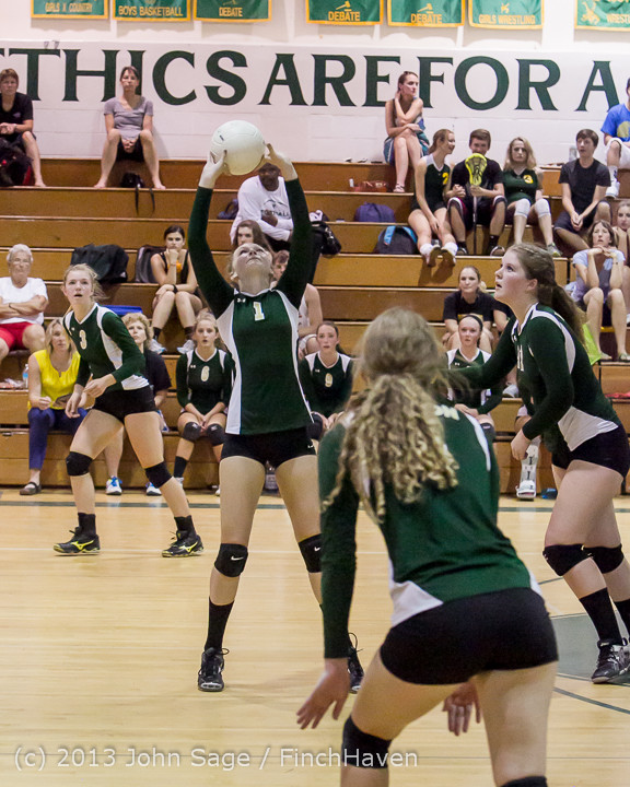 20086 Volleyball v Eatonville 091113