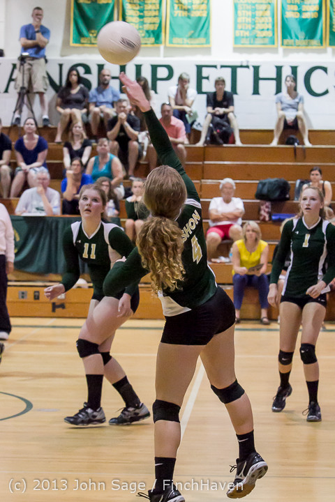 20090 Volleyball v Eatonville 091113