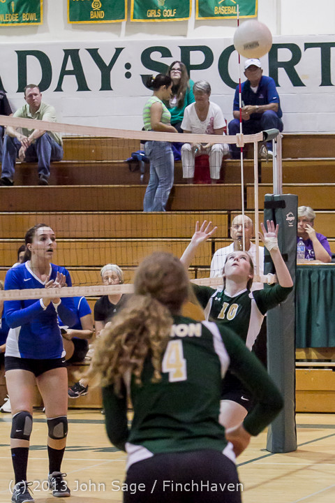 20154 Volleyball v Eatonville 091113
