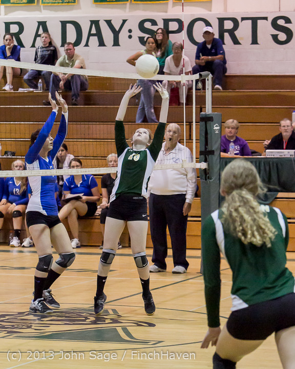 20193 Volleyball v Eatonville 091113