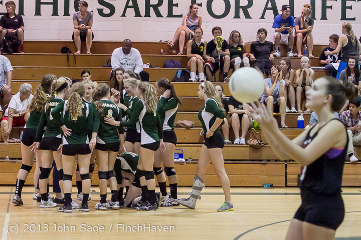 20218 Volleyball v Eatonville 091113