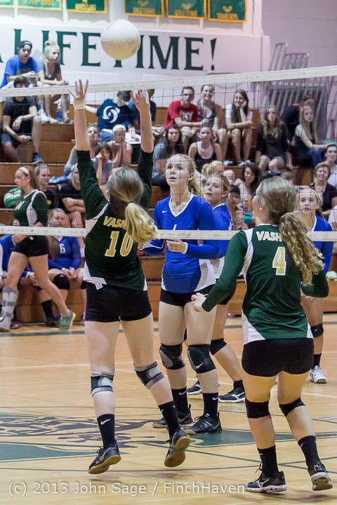 20269 Volleyball v Eatonville 091113