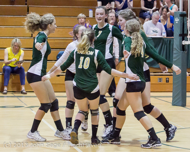 20281 Volleyball v Eatonville 091113