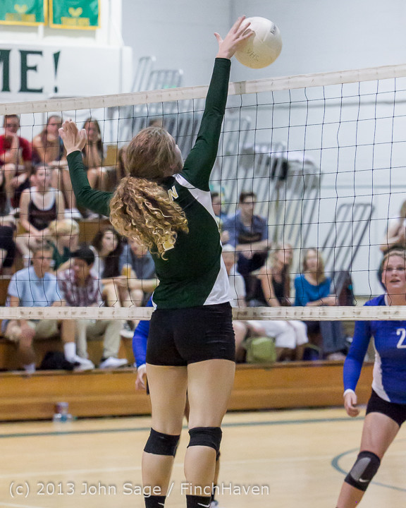 20307 Volleyball v Eatonville 091113