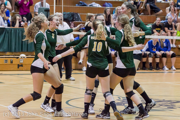 20311 Volleyball v Eatonville 091113