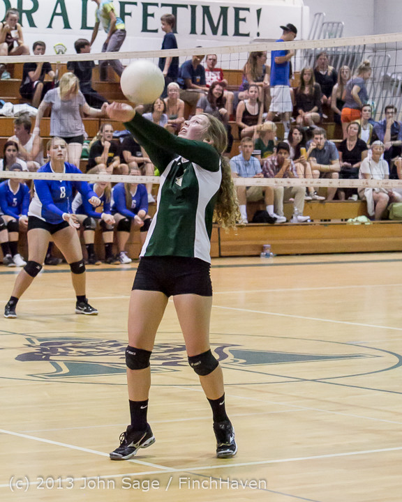 20369 Volleyball v Eatonville 091113