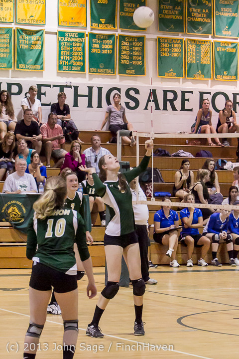 20418 Volleyball v Eatonville 091113