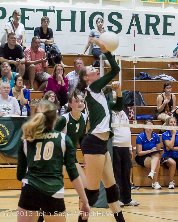 20419 Volleyball v Eatonville 091113