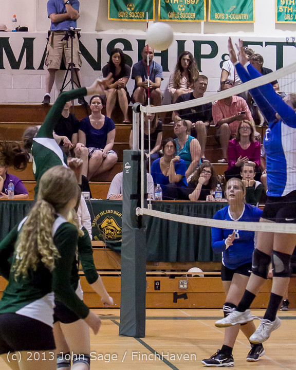 20449 Volleyball v Eatonville 091113