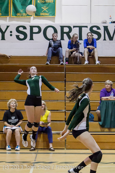 20462 Volleyball v Eatonville 091113