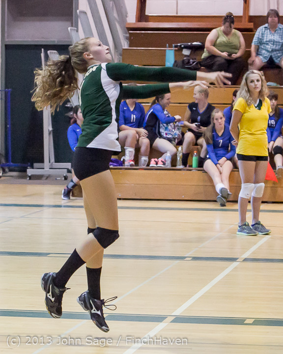 20472 Volleyball v Eatonville 091113