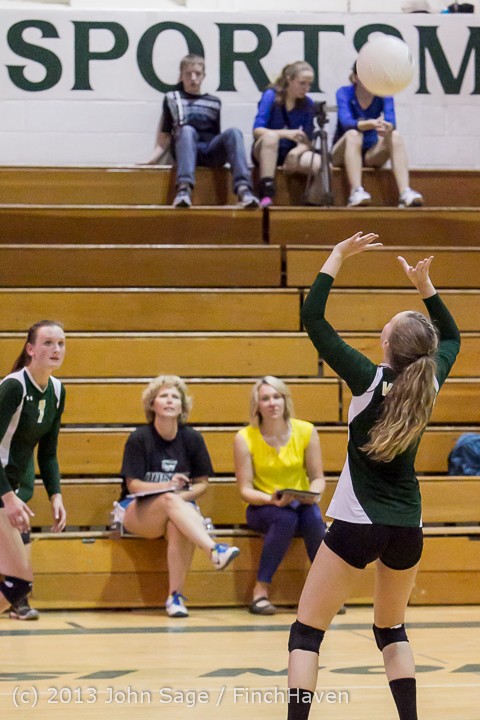 20475 Volleyball v Eatonville 091113
