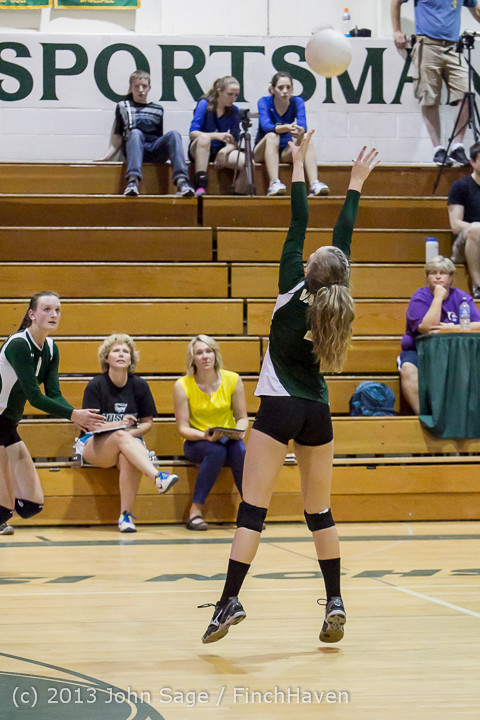 20476 Volleyball v Eatonville 091113