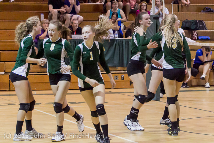 20496 Volleyball v Eatonville 091113