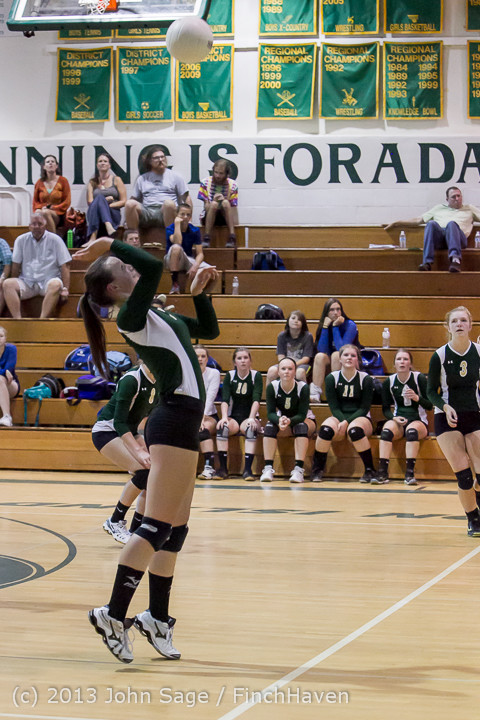 20524 Volleyball v Eatonville 091113