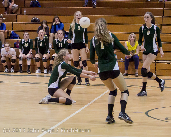 20534 Volleyball v Eatonville 091113