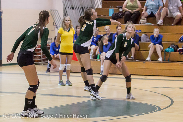 20551 Volleyball v Eatonville 091113