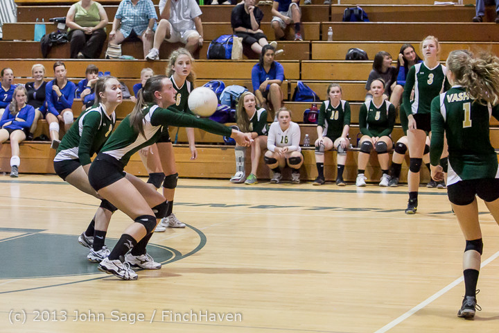 20559 Volleyball v Eatonville 091113