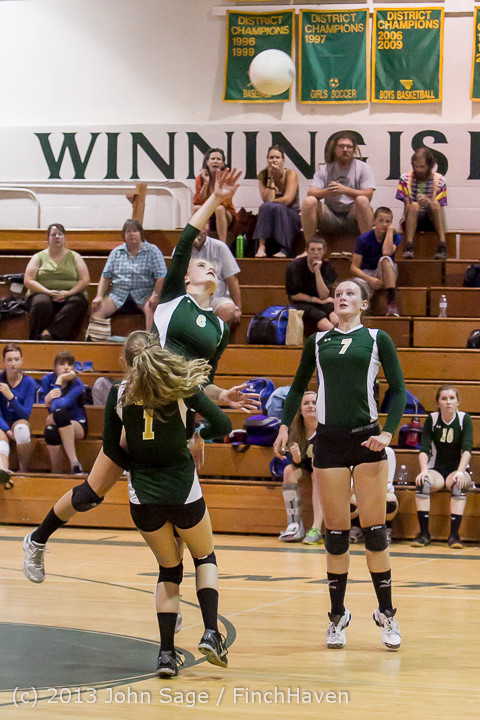 20568 Volleyball v Eatonville 091113