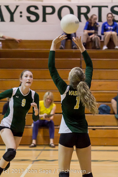 20579 Volleyball v Eatonville 091113