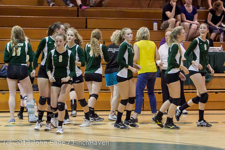 20592 Volleyball v Eatonville 091113