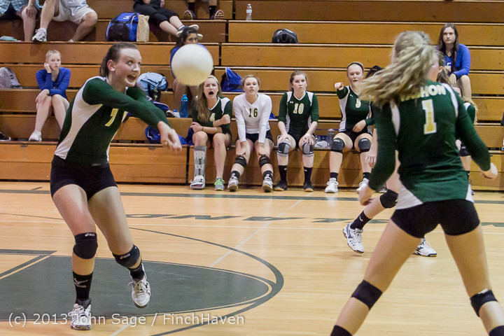 20653 Volleyball v Eatonville 091113