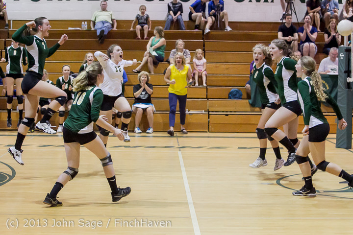 20856 Volleyball v Eatonville 091113