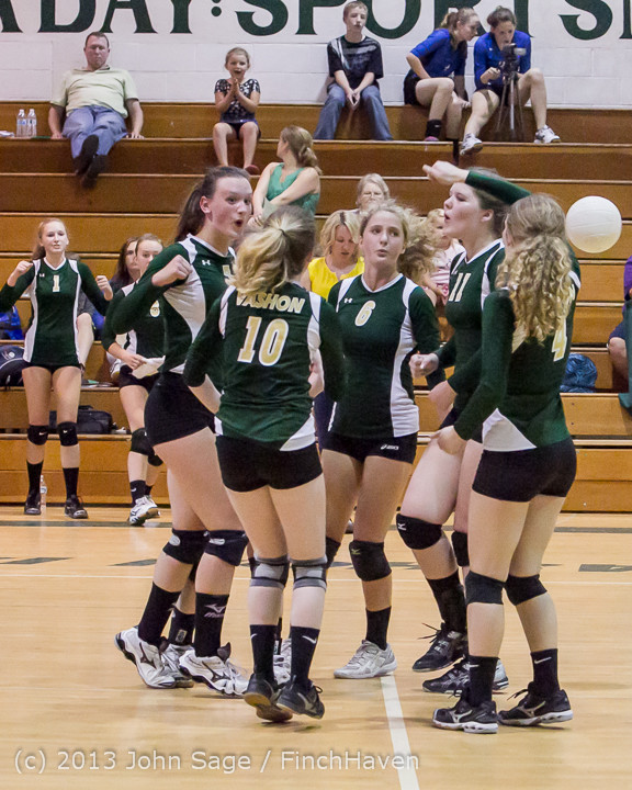20860 Volleyball v Eatonville 091113