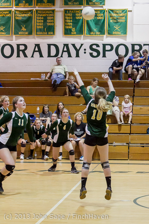 20879 Volleyball v Eatonville 091113