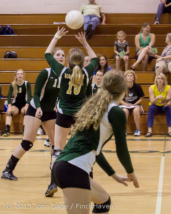 20893 Volleyball v Eatonville 091113