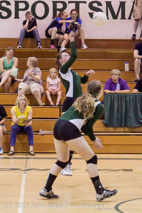 20897 Volleyball v Eatonville 091113