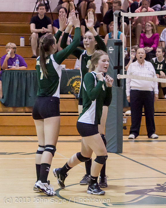 21007 Volleyball v Eatonville 091113