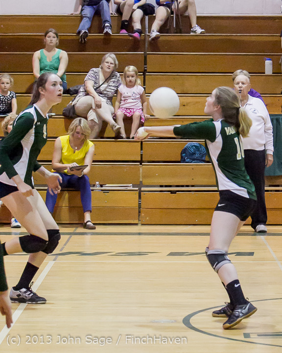 21048 Volleyball v Eatonville 091113