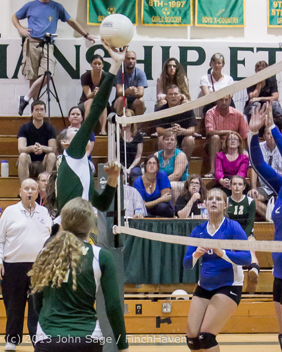 21058 Volleyball v Eatonville 091113