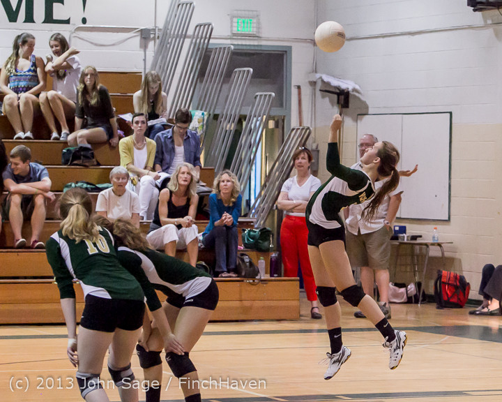 21120 Volleyball v Eatonville 091113