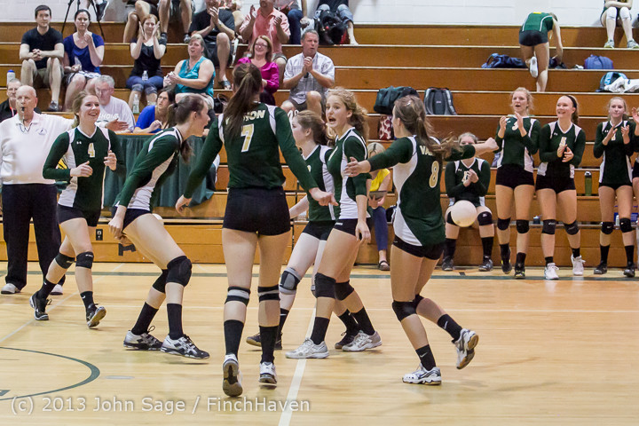 21178 Volleyball v Eatonville 091113