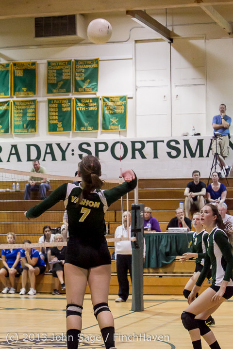 21214 Volleyball v Eatonville 091113